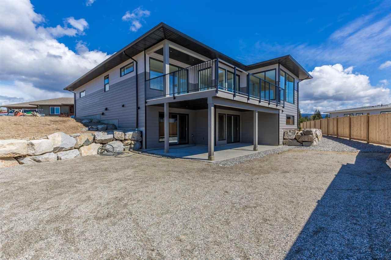 Photo 17: Photos: 6241 DELPHI Place in Sechelt: Sechelt District House for sale (Sunshine Coast)  : MLS®# R2160868