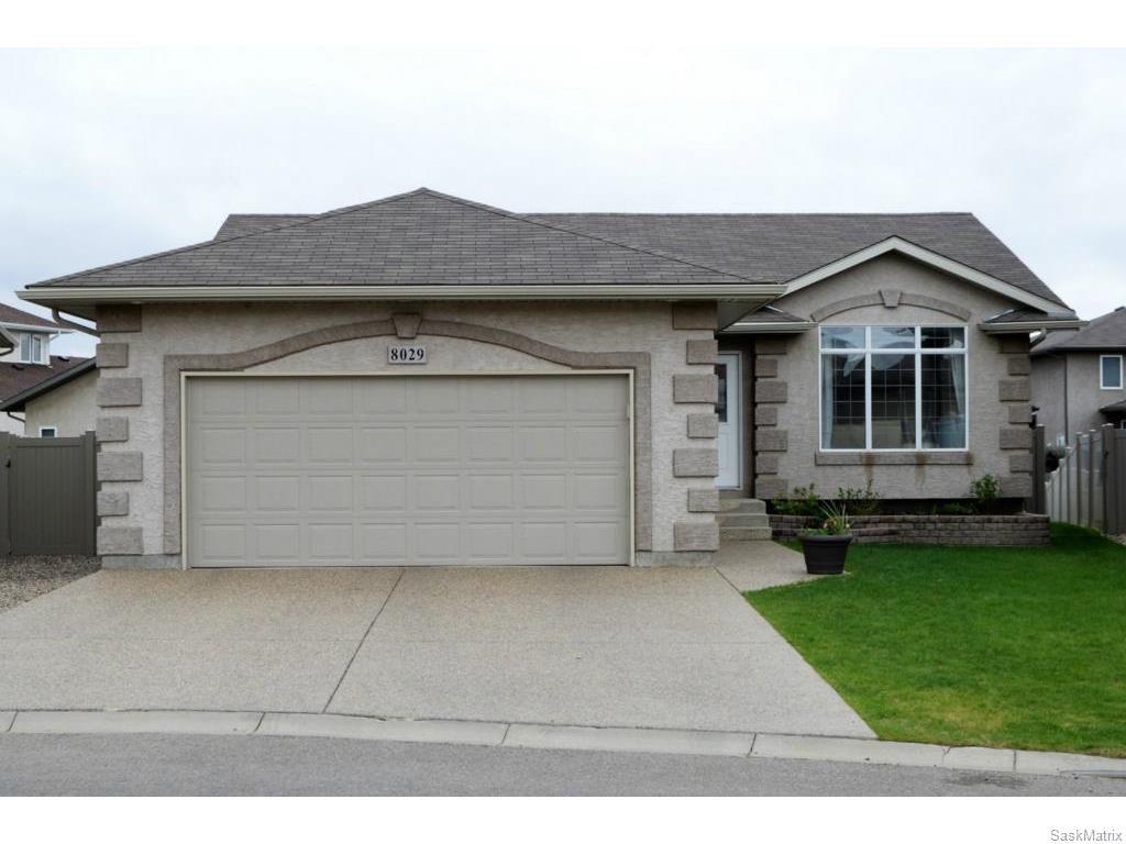 Main Photo: 8029 SHORTGRASS Bay in Regina: Fairways West Residential for sale : MLS®# SK611118