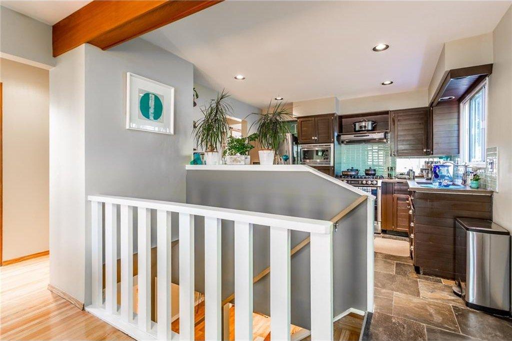Photo 30: Photos: 51 HOLDEN Road SW in Calgary: Haysboro House for sale : MLS®# C4125206