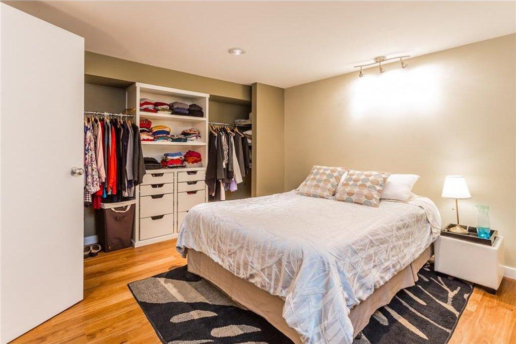 Photo 39: Photos: 51 HOLDEN Road SW in Calgary: Haysboro House for sale : MLS®# C4125206