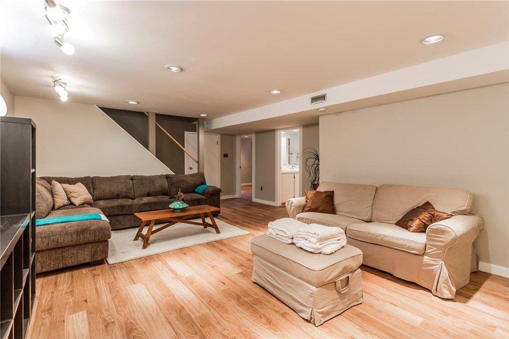 Photo 32: Photos: 51 HOLDEN Road SW in Calgary: Haysboro House for sale : MLS®# C4125206