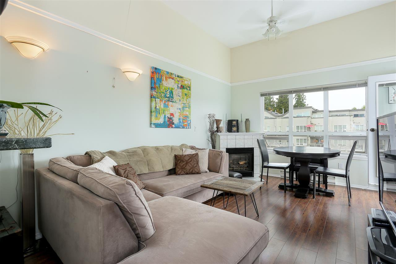 "Photo 2: Photos: 402 14355 103 Avenue in Surrey: Whalley Condo for sale in ""Claridge Court"" (North Surrey)  : MLS®# R2191413"