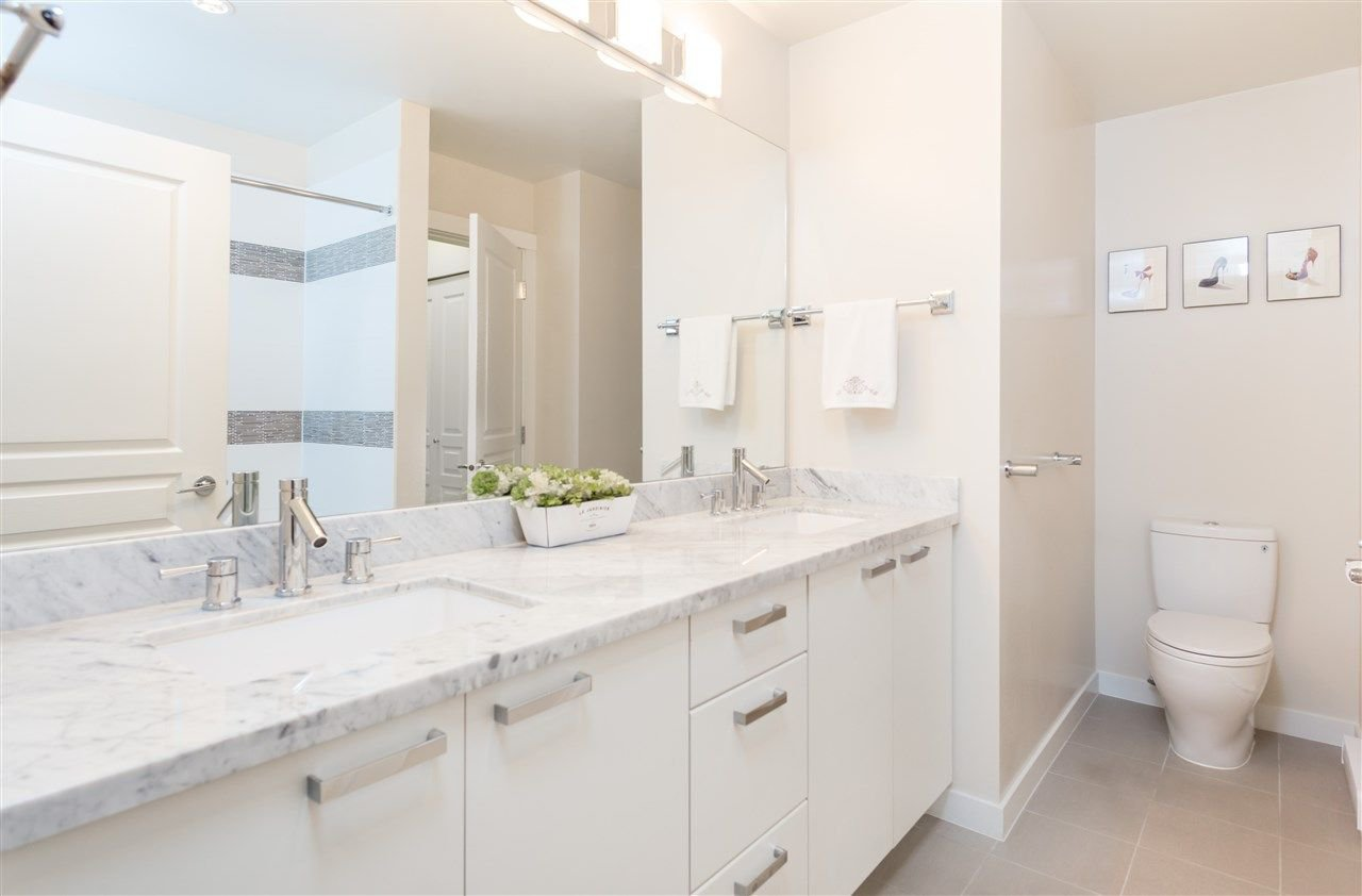 """Photo 12: Photos: 236 9388 MCKIM Way in Richmond: West Cambie Condo for sale in """"MAYFAIR PLACE"""" : MLS®# R2212712"""
