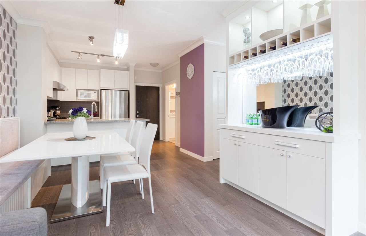 """Photo 9: Photos: 236 9388 MCKIM Way in Richmond: West Cambie Condo for sale in """"MAYFAIR PLACE"""" : MLS®# R2212712"""