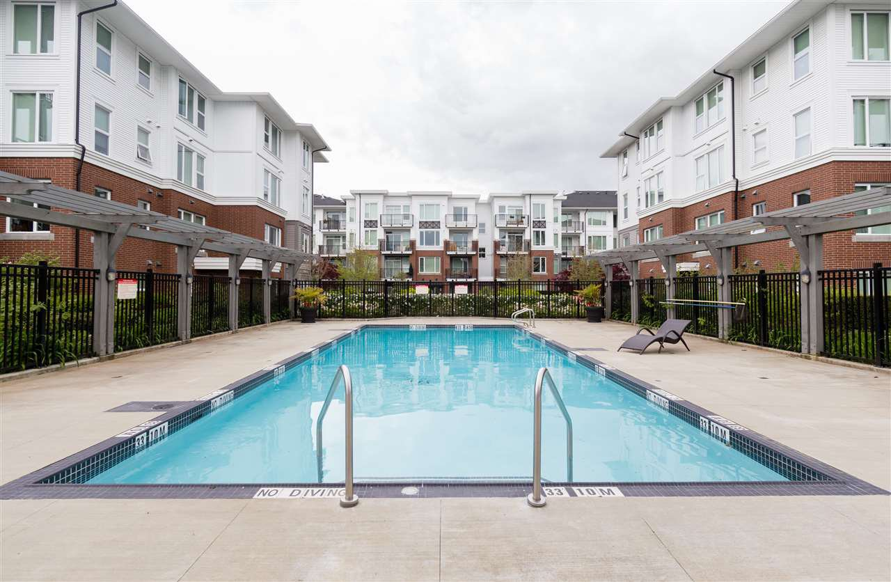 """Photo 18: Photos: 236 9388 MCKIM Way in Richmond: West Cambie Condo for sale in """"MAYFAIR PLACE"""" : MLS®# R2212712"""