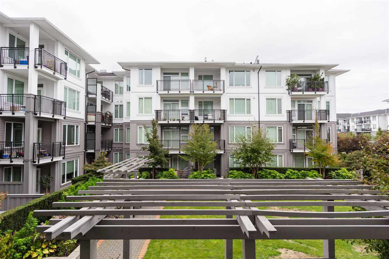 """Photo 14: Photos: 236 9388 MCKIM Way in Richmond: West Cambie Condo for sale in """"MAYFAIR PLACE"""" : MLS®# R2212712"""