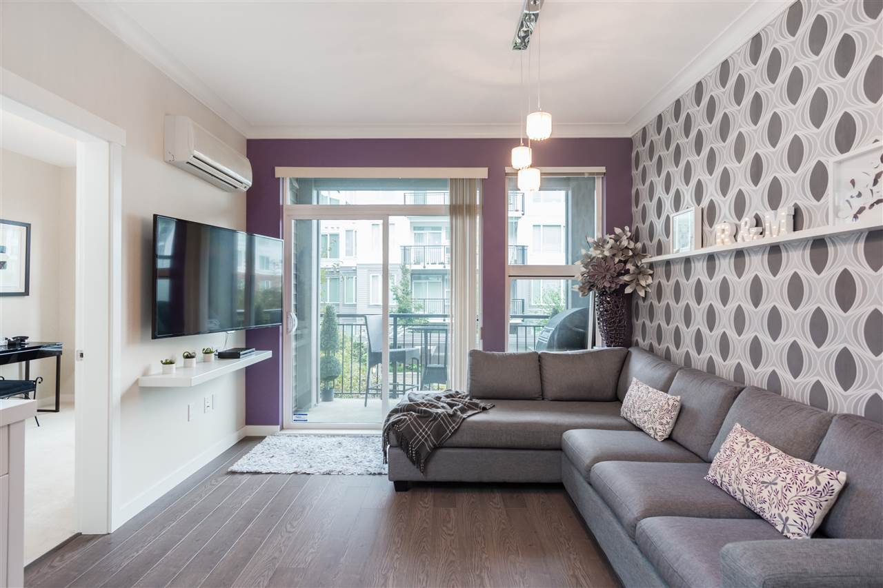 """Photo 5: Photos: 236 9388 MCKIM Way in Richmond: West Cambie Condo for sale in """"MAYFAIR PLACE"""" : MLS®# R2212712"""