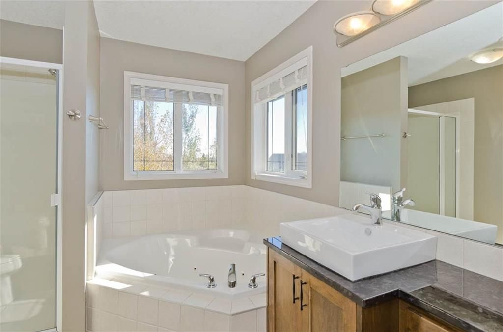 Photo 24: Photos: 167 HILLVIEW Road: Strathmore House for sale : MLS®# C4174240