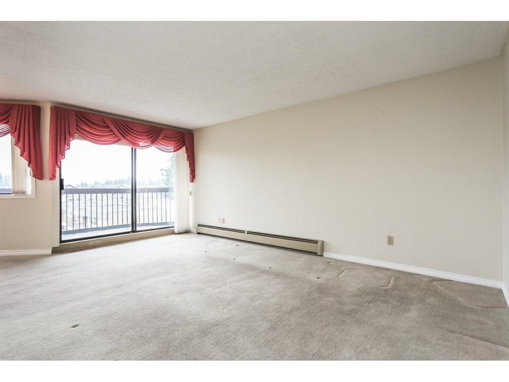 Photo 3: Photos: 517 31955 OLD YALE Road in Abbotsford: Central Abbotsford Condo for sale : MLS®# R2300517