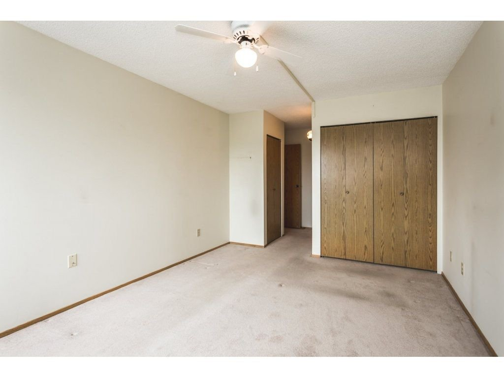 Photo 10: Photos: 517 31955 OLD YALE Road in Abbotsford: Central Abbotsford Condo for sale : MLS®# R2300517