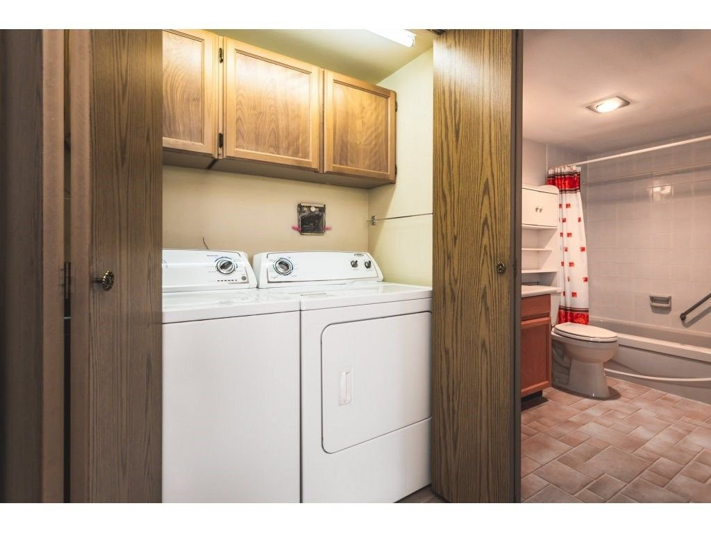 Photo 13: Photos: 517 31955 OLD YALE Road in Abbotsford: Central Abbotsford Condo for sale : MLS®# R2300517