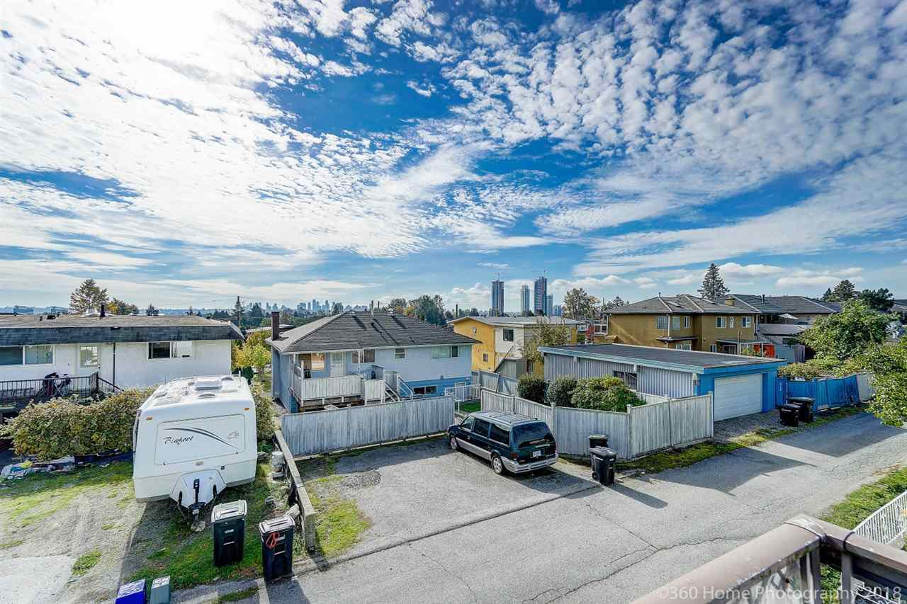 Photo 11: Photos: 741 SPRINGER Avenue in Burnaby: Capitol Hill BN House for sale (Burnaby North)  : MLS®# R2314857