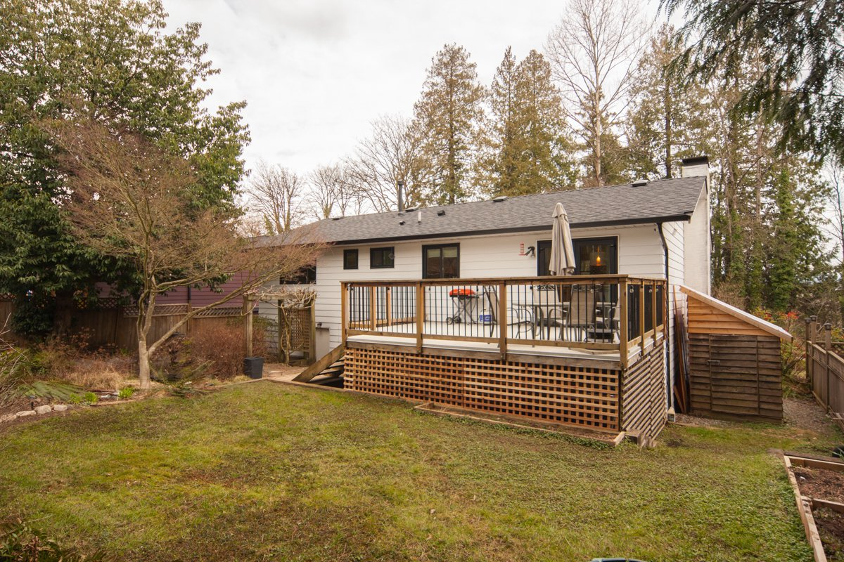 Photo 5: Photos: 1632 CONNAUGHT Drive in Port Coquitlam: Lower Mary Hill House for sale : MLS®# R2351496