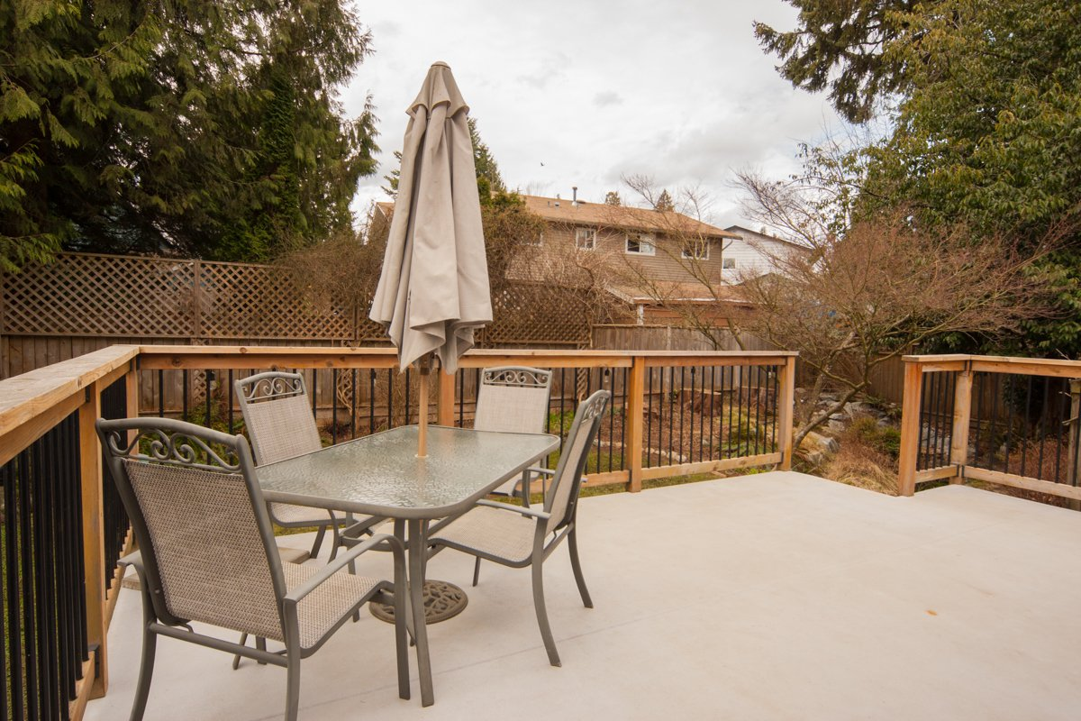 Photo 6: Photos: 1632 CONNAUGHT Drive in Port Coquitlam: Lower Mary Hill House for sale : MLS®# R2351496