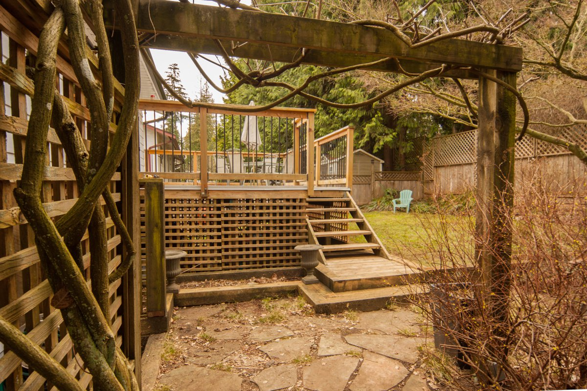 Photo 7: Photos: 1632 CONNAUGHT Drive in Port Coquitlam: Lower Mary Hill House for sale : MLS®# R2351496