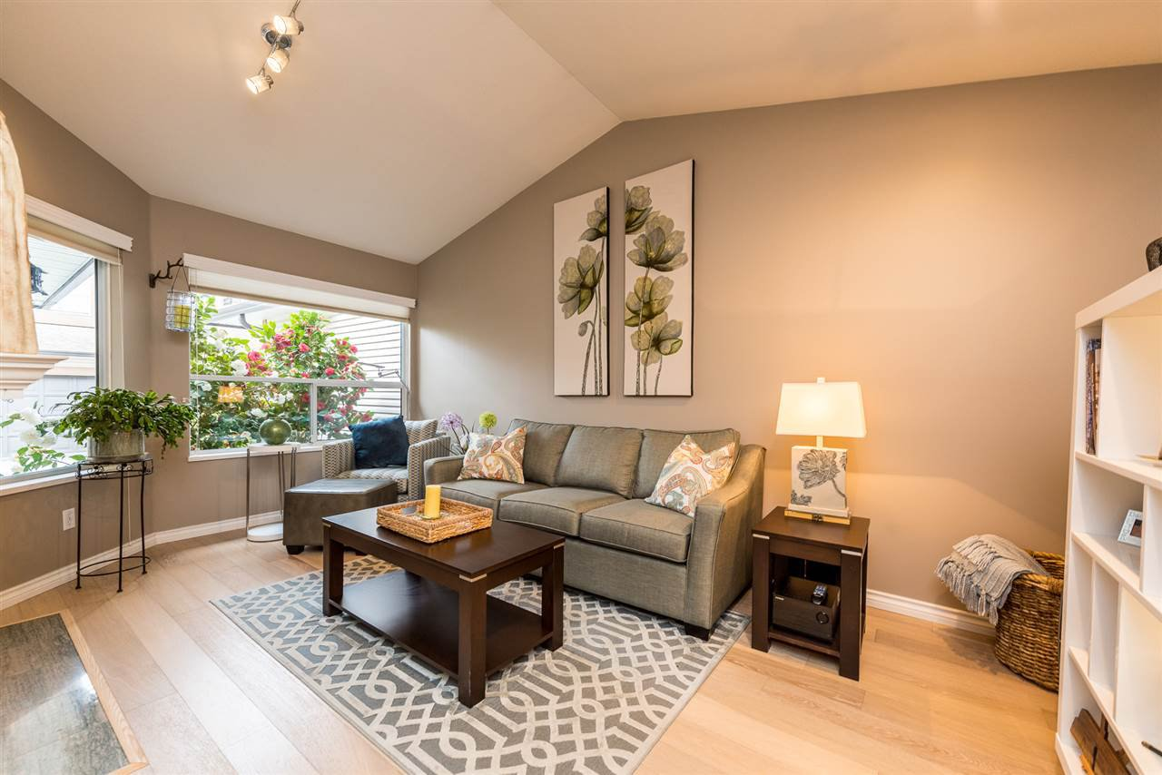 """Photo 9: Photos: 2 23151 HANEY Bypass in Maple Ridge: East Central Townhouse for sale in """"Steonhouse Estates"""" : MLS®# R2357508"""