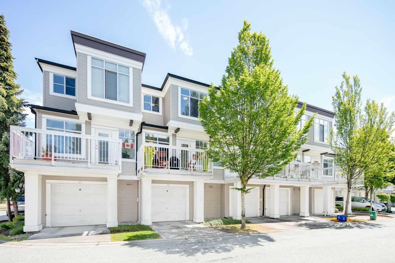 Main Photo: 32 6331 NO. 1 Road in Richmond: Terra Nova Townhouse for sale : MLS®# R2372214