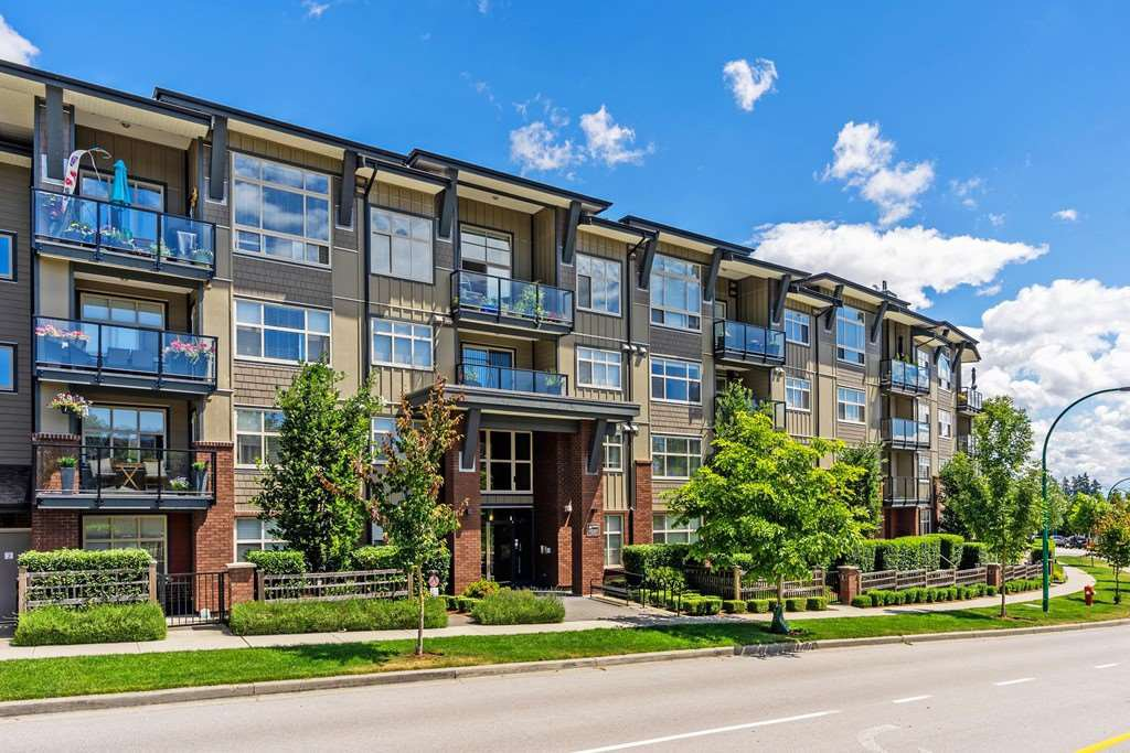 "Main Photo: 308 19201 66A Avenue in Surrey: Clayton Condo for sale in ""ONE92"" (Cloverdale)  : MLS®# R2399827"