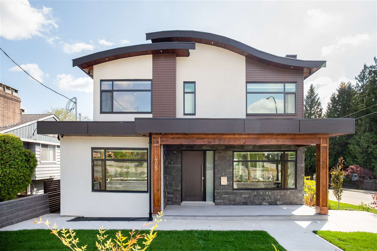 Main Photo: 405 E KEITH Road in North Vancouver: Boulevard House for sale : MLS®# R2439453