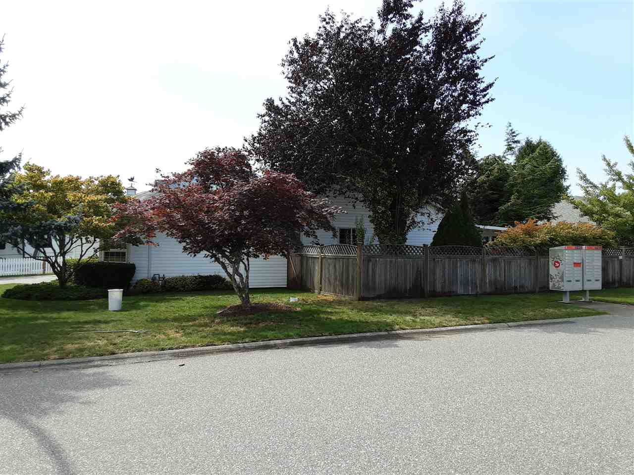 Photo 3: Photos: 44705 LANCASTER Drive in Chilliwack: Vedder S Watson-Promontory House for sale (Sardis)  : MLS®# R2485813