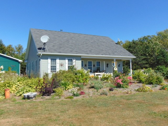 Main Photo: 3750 Black Rock Road in Whites Corner: 404-Kings County Residential for sale (Annapolis Valley)  : MLS®# 202016541