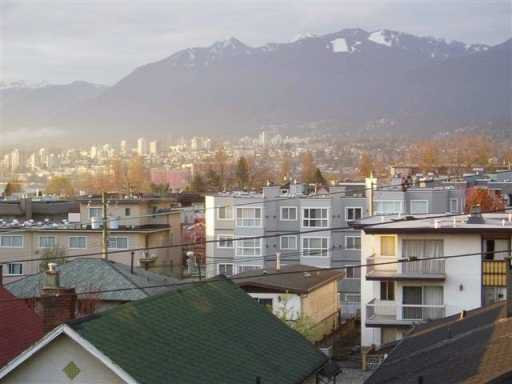 Photo 4: Photos: 303 2295 PANDORA ST in Vancouver: Hastings Condo for sale (Vancouver East)  : MLS®# V585198