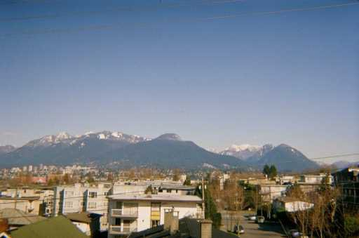 Photo 2: Photos: 303 2295 PANDORA ST in Vancouver: Hastings Condo for sale (Vancouver East)  : MLS®# V585198