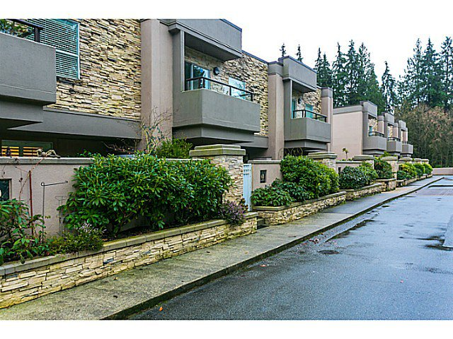 """Photo 4: Photos: 506 1500 OSTLER Court in North Vancouver: Indian River Condo for sale in """"MOUNTAIN TERRACE"""" : MLS®# V1103932"""