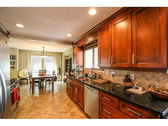 Photo 7: Photos: 14495 91B Avenue in Surrey: Bear Creek Green Timbers House for sale : MLS®# F1445618