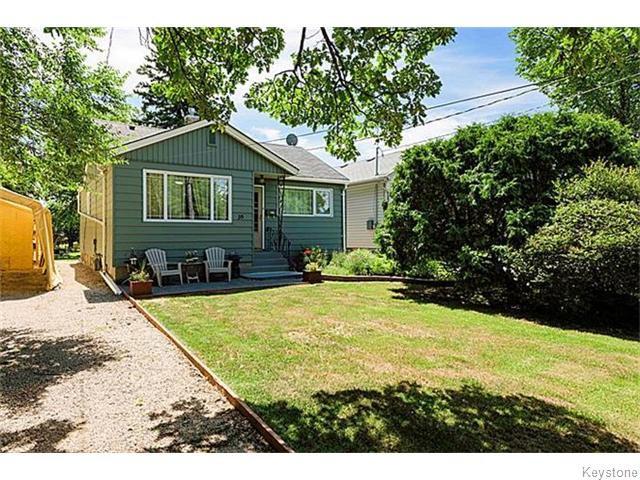Main Photo: 16 Sadler Avenue in WINNIPEG: St Vital Residential for sale (South East Winnipeg)  : MLS®# 1523421