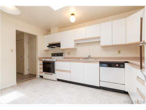 Photo 10: Photos: 335 40 W Gorge Rd in VICTORIA: SW Gorge Condo for sale (Saanich West)  : MLS®# 721229