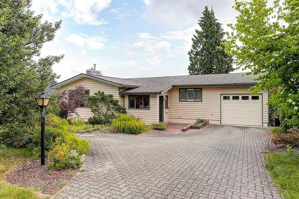 Main Photo: 3049 FLEET Street in Coquitlam: Ranch Park House for sale : MLS®# R2075731