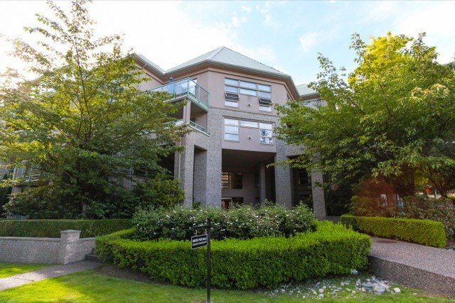 """Main Photo: 306 301 MAUDE Road in Port Moody: North Shore Pt Moody Condo for sale in """"HERITAGE GRAND"""" : MLS®# R2094425"""
