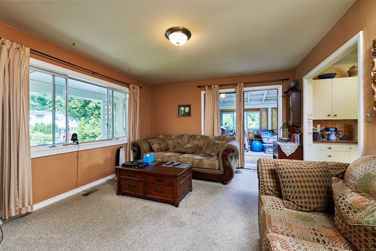 """Photo 8: Photos: 32766 CHARNLEY Drive in Mission: Mission BC House for sale in """"Charnley off Cedar between Mcrae and 14th."""" : MLS®# R2160691"""