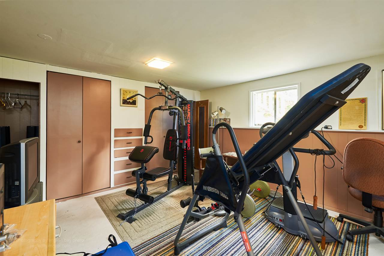 """Photo 9: Photos: 32766 CHARNLEY Drive in Mission: Mission BC House for sale in """"Charnley off Cedar between Mcrae and 14th."""" : MLS®# R2160691"""