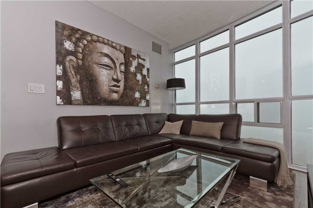 Photo 5: Photos: 2503 80 Absolute Avenue in Mississauga: City Centre Condo for sale : MLS®# W3783934