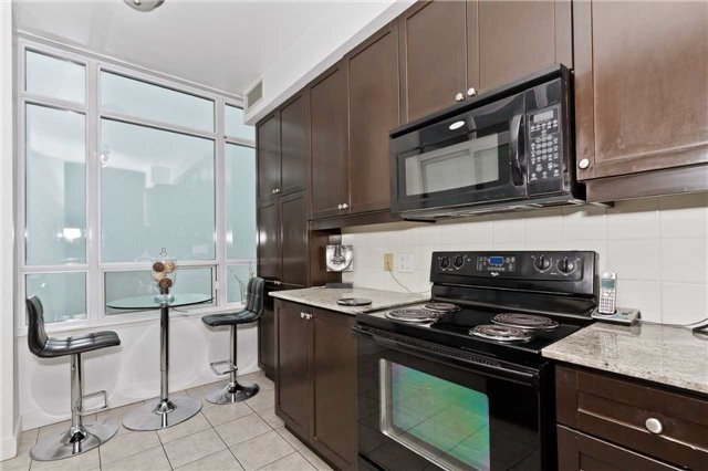 Photo 8: Photos: 2503 80 Absolute Avenue in Mississauga: City Centre Condo for sale : MLS®# W3783934