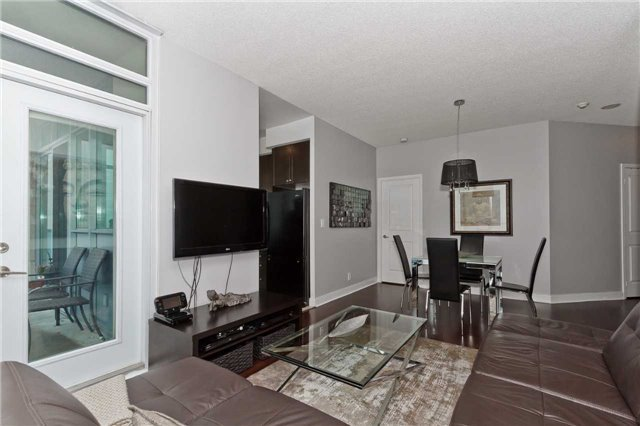 Photo 6: Photos: 2503 80 Absolute Avenue in Mississauga: City Centre Condo for sale : MLS®# W3783934