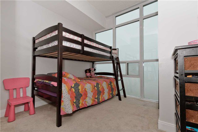 Photo 16: Photos: 2503 80 Absolute Avenue in Mississauga: City Centre Condo for sale : MLS®# W3783934