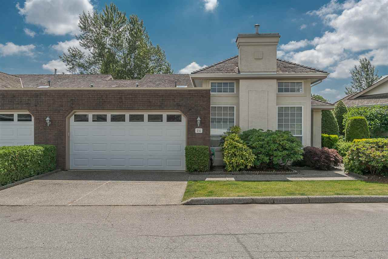 """Main Photo: 24 31450 SPUR Avenue in Abbotsford: Abbotsford West Townhouse for sale in """"LakePointe Villas"""" : MLS®# R2183756"""