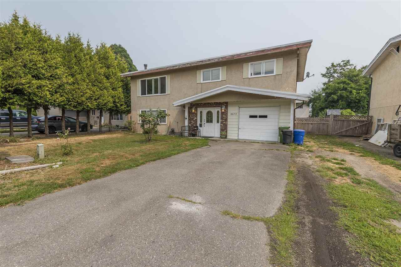 Main Photo: 8872 CHARLES Street in Chilliwack: Chilliwack E Young-Yale House for sale : MLS®# R2196255