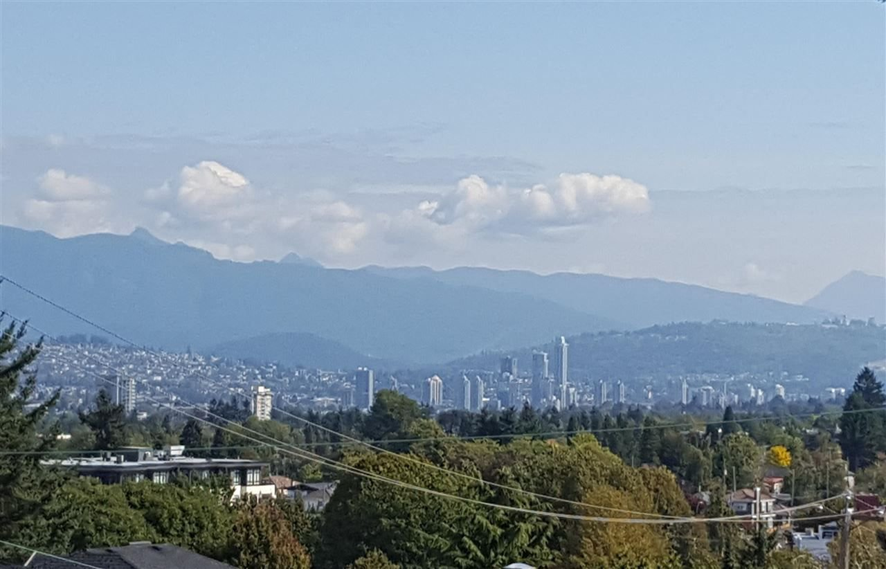 Photo 1: Photos: 5445 MANITOBA Street in Vancouver: Cambie House for sale (Vancouver West)  : MLS®# R2199560