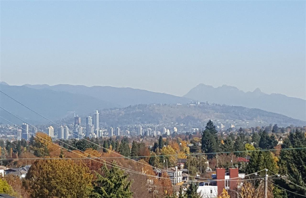 Photo 2: Photos: 5445 MANITOBA Street in Vancouver: Cambie House for sale (Vancouver West)  : MLS®# R2199560