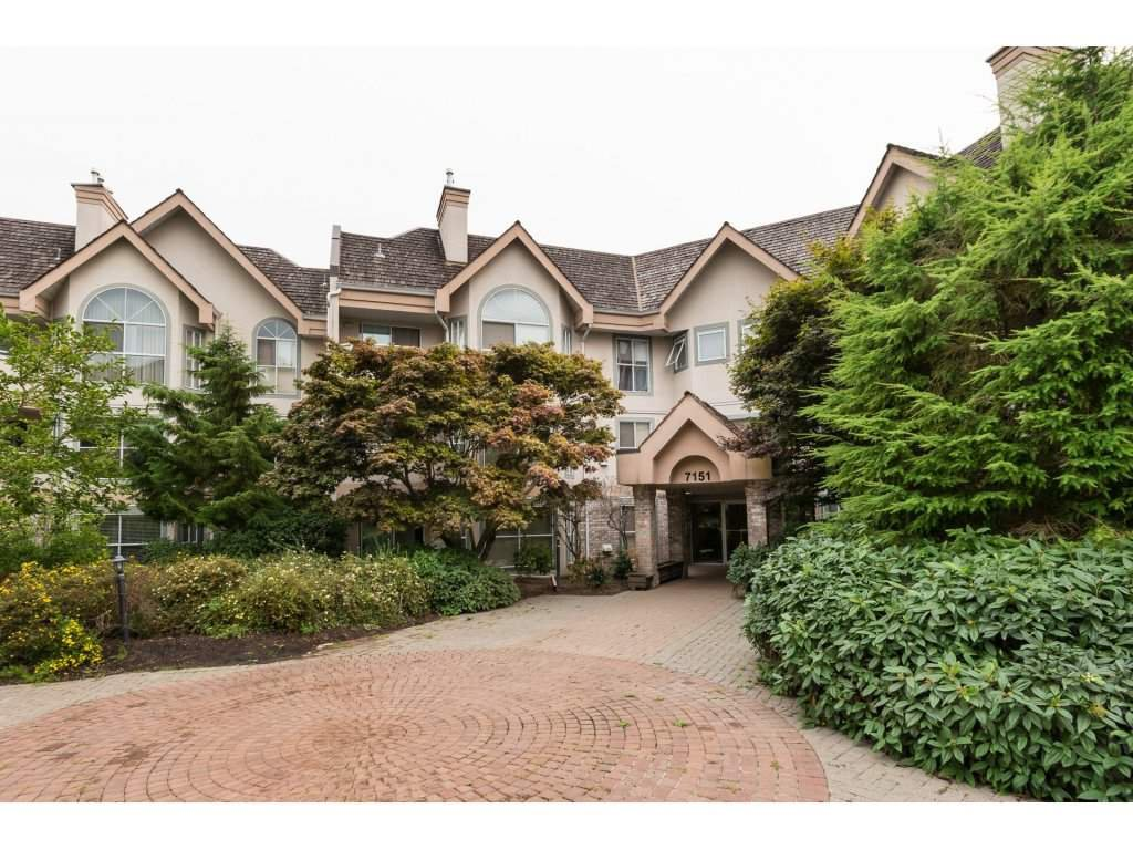 """Main Photo: 319 7151 121 Street in Surrey: West Newton Condo for sale in """"The Highlands"""" : MLS®# R2202432"""