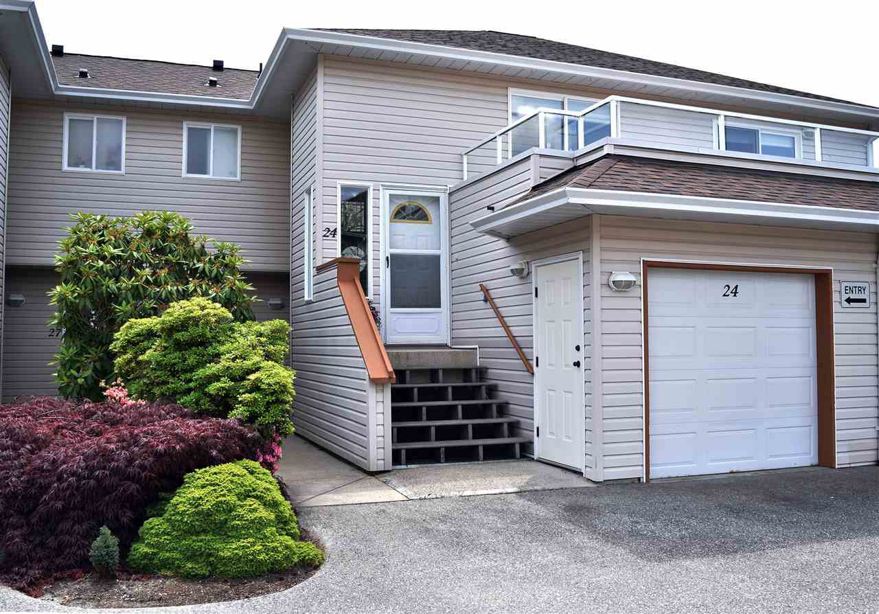 """Photo 13: Photos: 24 5610 TRAIL Avenue in Sechelt: Sechelt District Townhouse for sale in """"HIGHPOINT"""" (Sunshine Coast)  : MLS®# R2277541"""