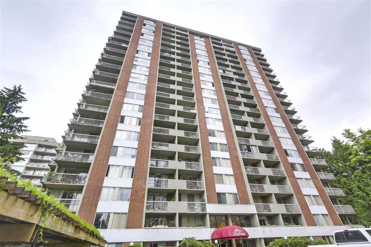 "Main Photo: 803 2016 FULLERTON Avenue in North Vancouver: Pemberton NV Condo for sale in ""Woodcroft Estates"" : MLS®# R2299964"