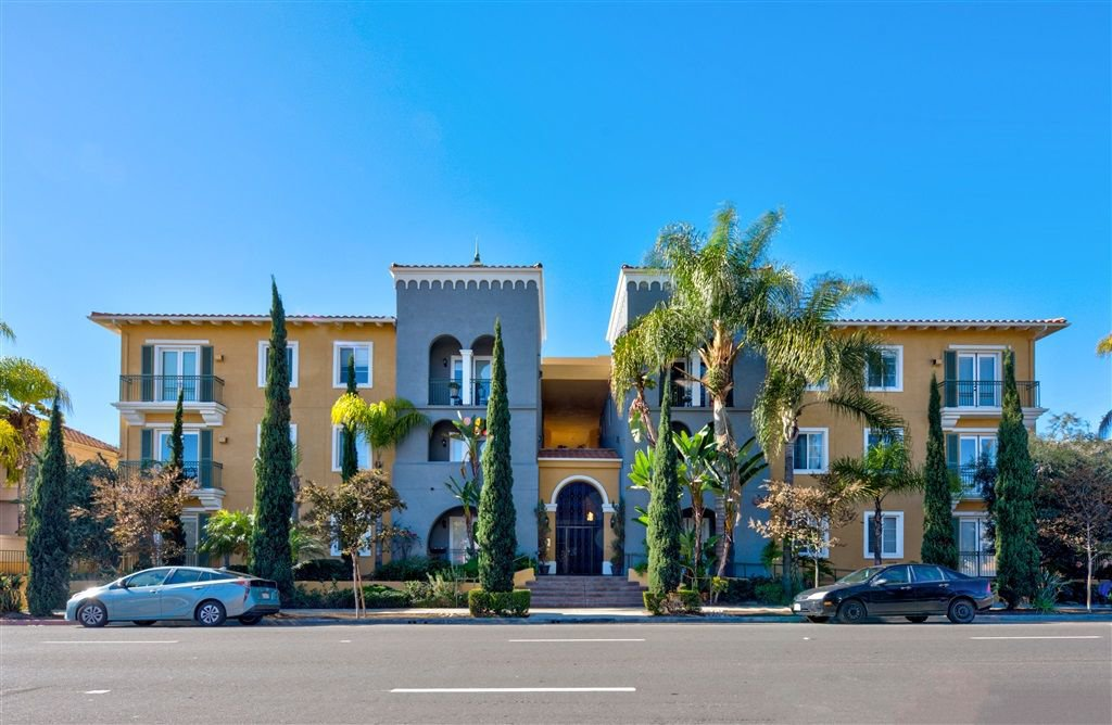 Main Photo: MISSION HILLS Condo for sale : 2 bedrooms : 4080 Front St #302 in San Diego