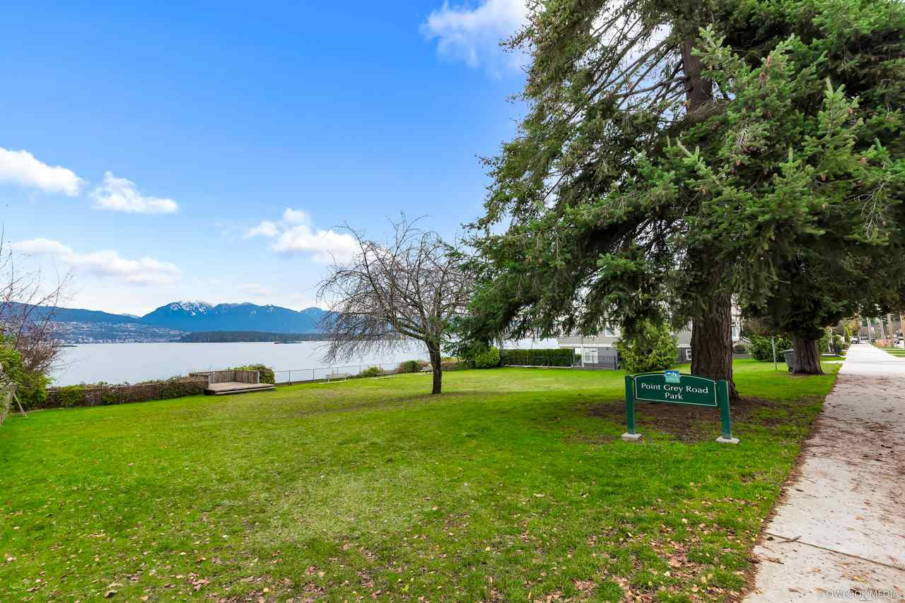 Main Photo: 3236 W 1ST Avenue in Vancouver: Kitsilano House for sale (Vancouver West)  : MLS®# R2328104