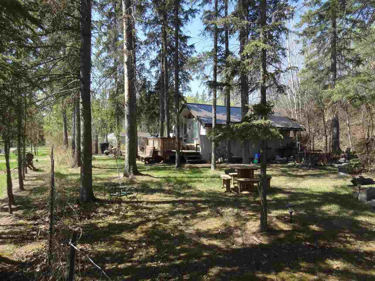 Main Photo: 6309 Shedden Drive: Rural Lac Ste. Anne County House for sale : MLS®# E4139168