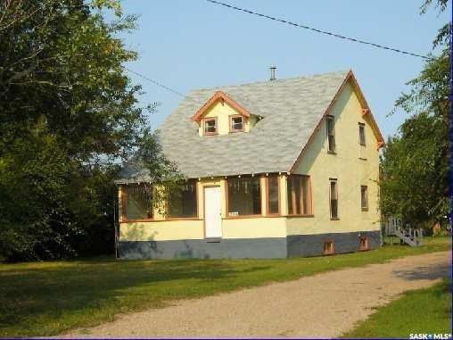 Main Photo: 230 Harris Avenue in Harris: Residential for sale : MLS®# SK762303